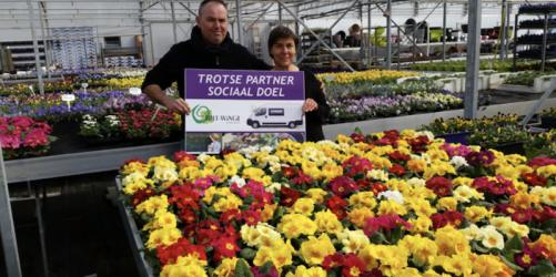 lokale-ondernemers-in-de-bloemetjes-gezet